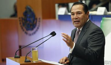Srio. Luis Enrique Miranda Nava durante su comparecencia ante el Senado
