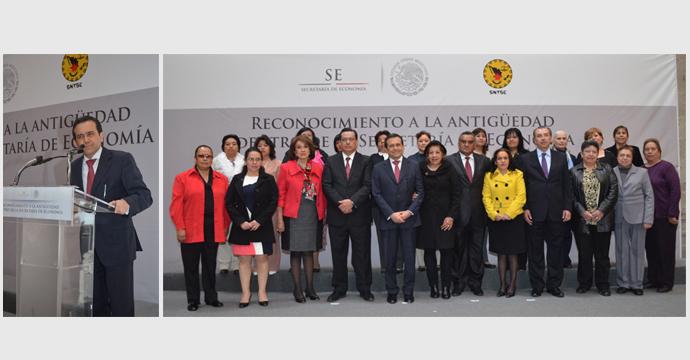 Entrega Ildefonso Guajardo reconocimientos a trabajadores de Economía