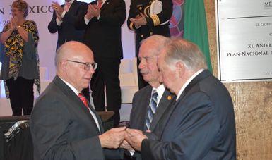 Dr. José Narro