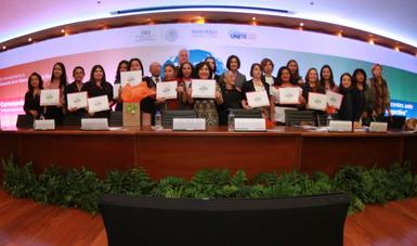 """Se realiza premiación del concurso """"Mujer migrante, cuéntame tu historia"""" en la Secretaría de Relaciones Exteriores."""
