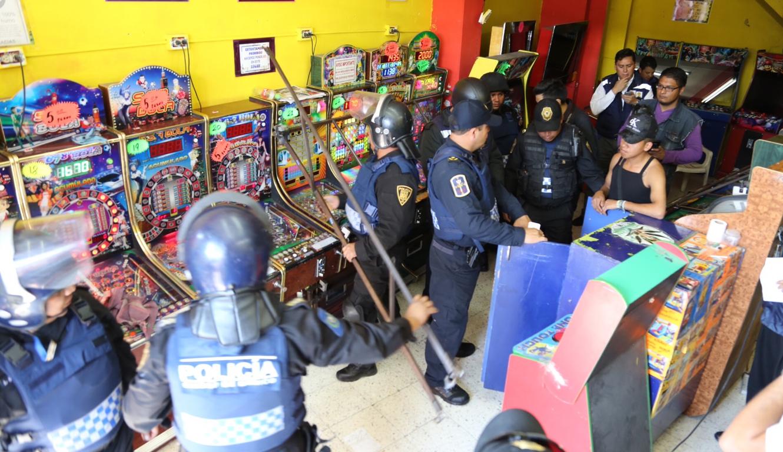 La Secretaría de Gobernación, en coordinación con el GDF, decomisa 520 máquinitas tragamonedas ilegales