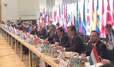 El Subsecretario de Industria y Comercio, Rogelio Garza Garza, participó en la Cumbre Mundial del Acero