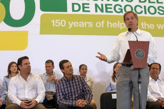 Queremos crecer nuestra presencia en estas cadenas agroalimentarias en México y por eso queremos conmemorar esta ocasión para darles a conocer nuestros planes de negocios en el futuro.