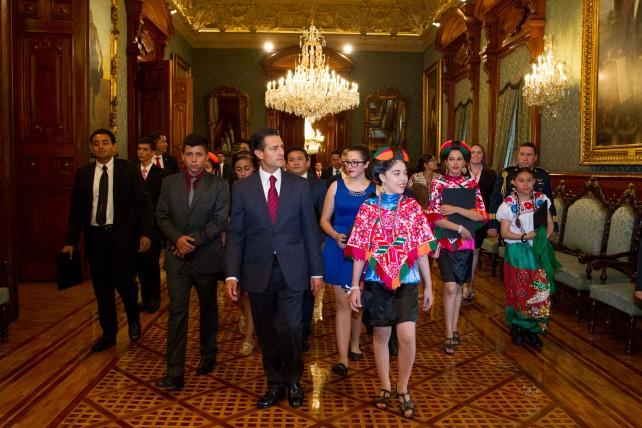 Recorrido en Palacio Nacional con los ganadores del Premio de la Juventud 2015.