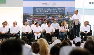 Entregan Enrique Peña Nieto y Reyes Baeza nuevo Hospital del ISSSTE en Chiapas
