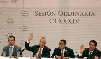 El subsecretario de Desarrollo Agrario de la SEDATU, Gustavo Cárdenas Monroy, CLXXXIV Sesión Ordinaria de FONHAPO.