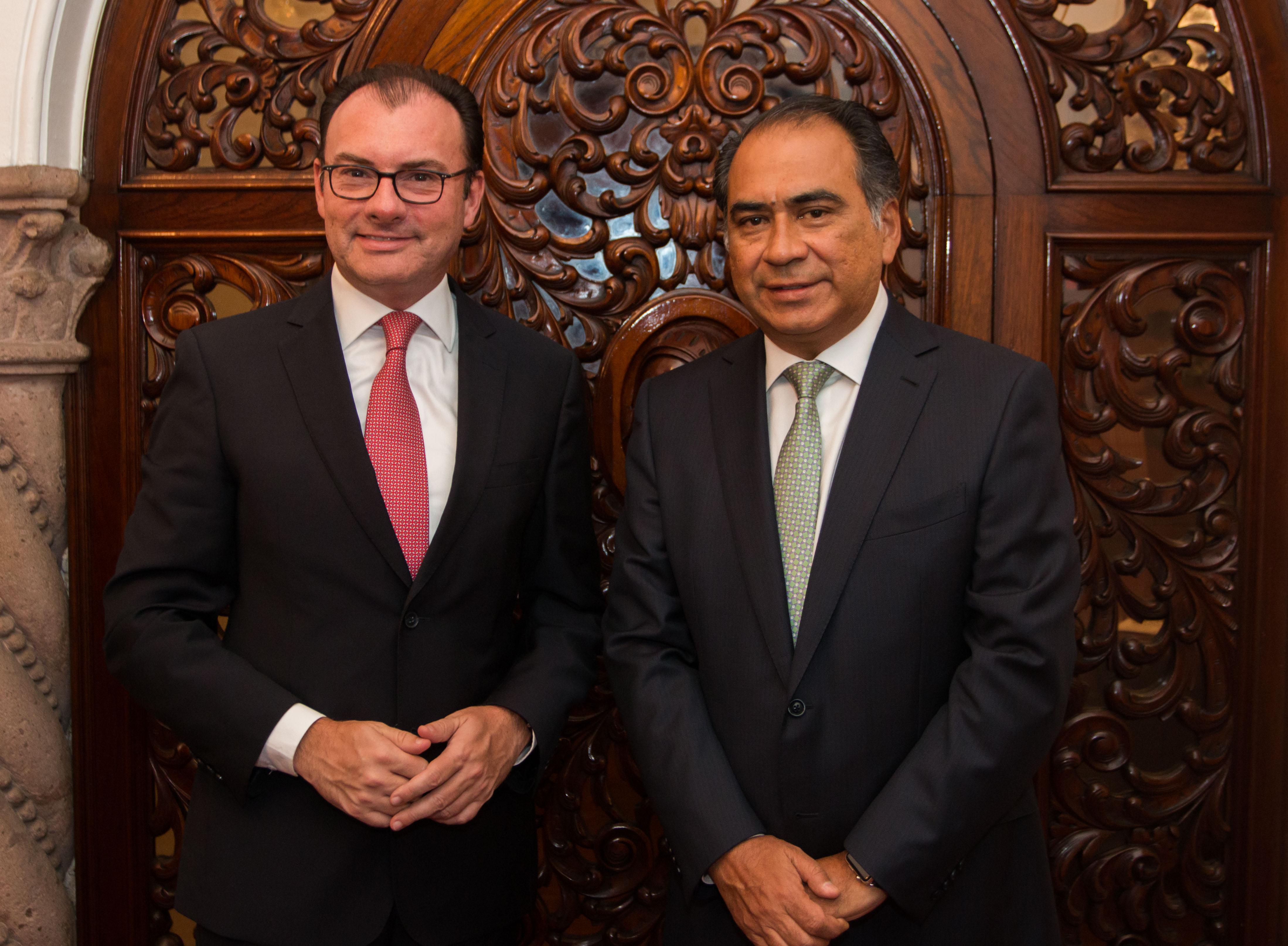 El Secretario de Hacienda, Luis Videgaray, con el Gobernador electo de Guerrero, Héctor Astudillo