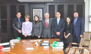 DIF Nacional recibió donativo económico de Taipei.