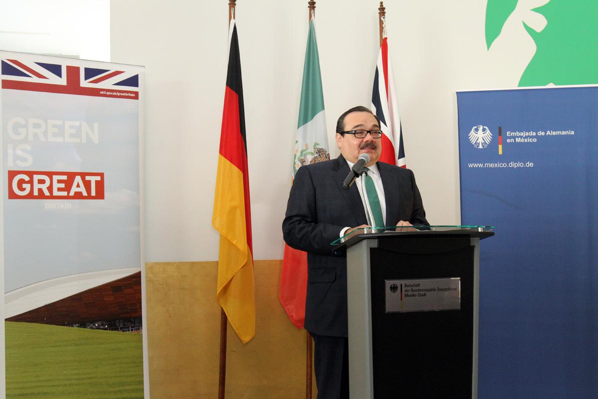 El titular de la Secretaría de Desarrollo Agrario Territorial y Urbano (SEDATU), Jorge Carlos Ramírez Marín, encabezó el arranque oficial del Proyecto NAMA Mexicana de Vivienda Sustentable