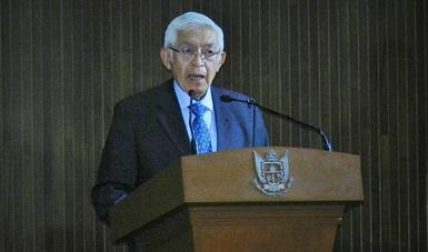 El pasado 10 de noviembre, en el marco del Día Mundial de la Ciencia para la Paz y el Desarrollo —establecido por la ONU—, en una emotiva y cálida ceremonia, se entregó el Premio de Ciencia, Tecnología e Innovación Querétaro 2017 al Dr. Héctor Nava Jaimes