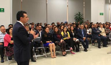 l comisionado nacional del Seguro Popular, Antonio Chemor Ruiz, agradeció a todos el gran esfuerzo y empeño que han dedicado a su trabajo que realizan todos los días para beneficio de 54 millones de mexicanos afiliados al Seguro Popular.