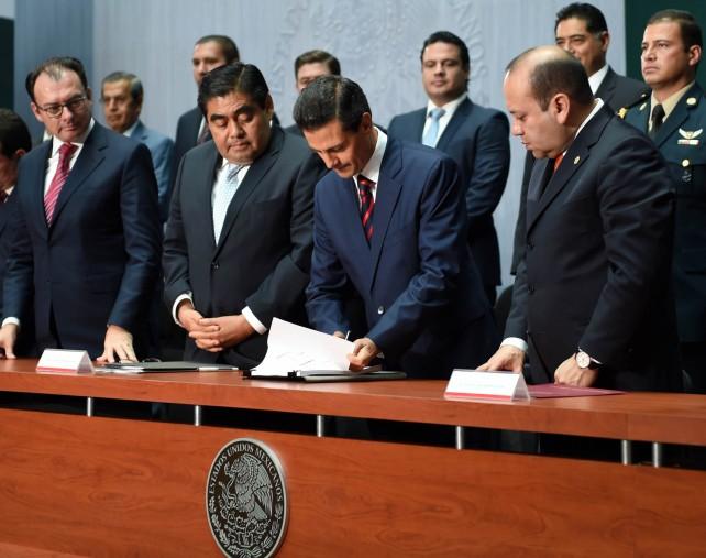 Presentación de la Iniciativa de Legislación Secundaria en Materia de Disciplina Financiera de las Entidades Federativas y Municipios.