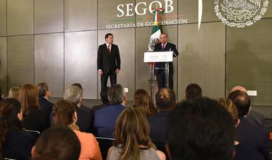 Alfonso Navarrete Prida durante la toma de protesta como nuevo titular de la Secretaría de Gobernación