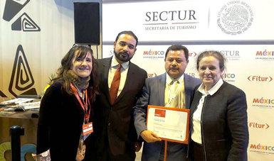 Paraísos Indígenas recibe el Premio al Mejor Producto de Turismo de la Feria Internacional de Turismo en Madrid, España.