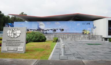Fachada del Centro Internacional de Instrucción de Aeropuertos y Servicios Auxiliares