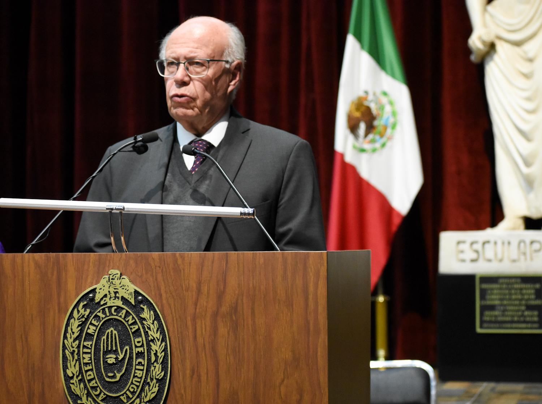 Dr, José Narro Robles.