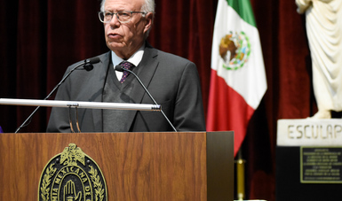 Dr, José Narro Robles.
