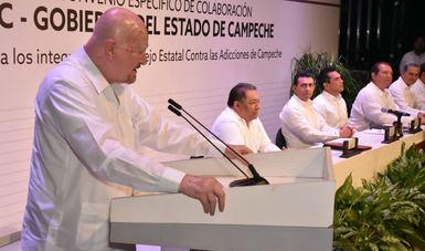 El doctor Manuel Mondragón sostuvo que la información sobre el tema es la única forma de prevenir este problema de salud pública.