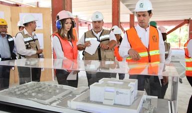 Tuffic Miguel recorrió el Hospital General de Zona de Pachuca, en el que se tienen presupuestados 950 millones de pesos; beneficiará a más de 270 mil derechohabientes.