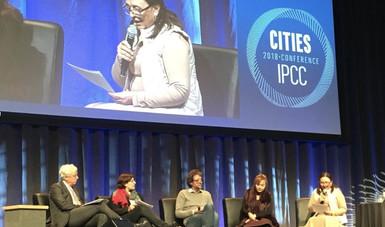 Dra. Amparo Martínez en Cities IPCC Conference en Edmonton, Canadá