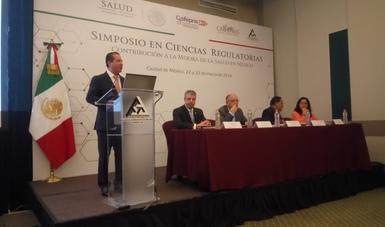 COFEPRIS, COLEGIO DE QUÍMICOS Y CANIFARMA VAN POR PLAN CIENTÍFICO EN REGULACIÓN