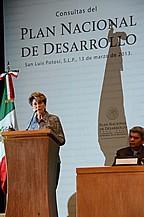 Se lleva a cabo con éxito en SLP el foro Estatal para conformar el Plan Nacional de Desarrollo 2013-2018.