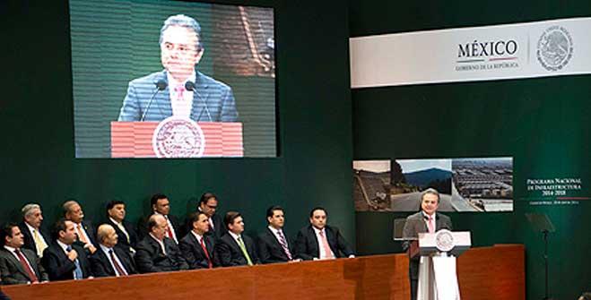 El Secretario de Energía, Pedro Joaquín Coldwell, durante la presentación del Programa Nacional de Infraestructura.