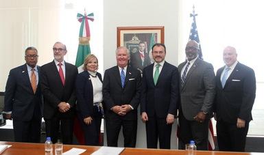 Durante el encuentro, el Canciller Videgaray destacó la relevancia del puerto de Tampa en el comercio de México con Estados Unidos.