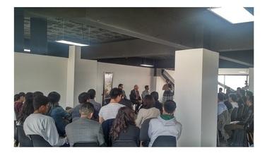 Jóvenes se reúnen para impulsar emprendimiento espacial en México