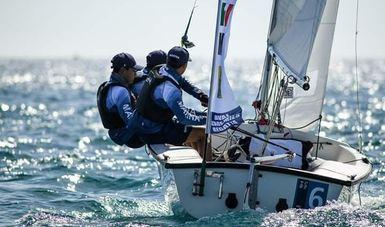 Cadetes de la Heroica Escuela Naval Militar obtienen segundo lugar en la regata de academias navales en Livorno Italia