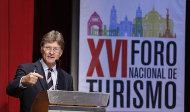 El secretario de Turismo, Enrique de la Madrid, destacó que hoy México es el 6° país más visitado del mundo, el turismo representa el 8.7% del PIB y genera 10 millones de empleos.