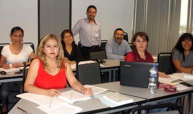 El Lic. Ricardo Martínez Molina, Subdirector de Calidad impartió el curso de actualización relacionados con las normas ISO 9001:2015 e ISO 19001:2011.