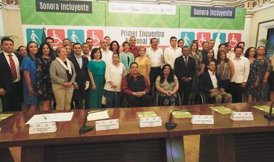 Asistentes al Primer Encuentro Nacional de Organismos en Materia de Discapacidad-Conadis