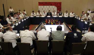 El Coordinador Nacional de Protección Civil, Luis Felipe Puente Espinosa, recordó que el Banco Mundial ha reconocido el trabajo de nuestro país en esta material, sobre todo al consolidar el Sistema Nacional de Protección Civil de México.