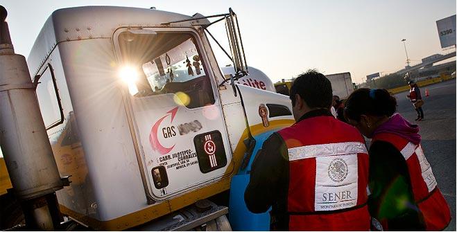 SENER inmovilizó siete auto-tanques en operativo de verificación a vehículos que distribuyen Gas L.P.