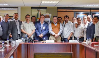 Baltazar Hinojosa, se reunió con productores agropecuarios y pesqueros del estado de Sinaloa