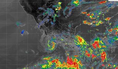 La tormenta tropical Bud disminuyó la intensidad de sus vientos. Esta tarde se ubicó a 245 km de Isla Socorro, Colima.