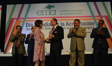 CCAyAC recibe reconocimiento al Compromiso con la Acreditación 2018
