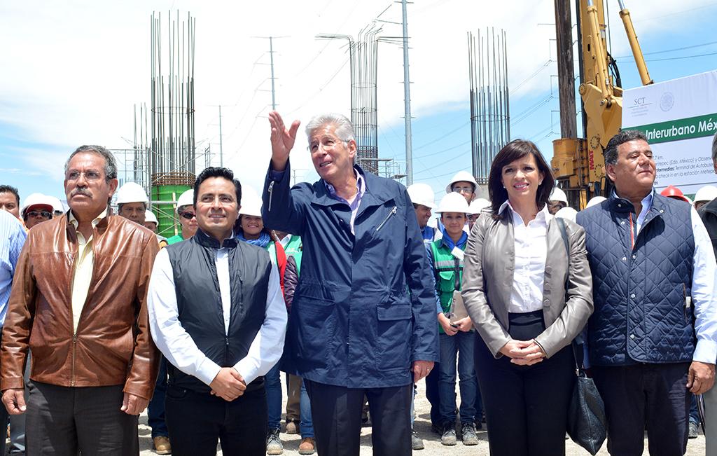 Supervisó los avances del tren interurbano de pasajeros México-Toluca