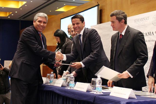 El Subsecretario entregó reconocimientos a empresas por su participación en el programa GEI México