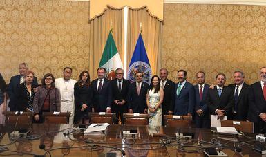 El Canciller Videgaray y una delegación de legisladores mexicanos sostuvieron un encuentro con el Secretario General de la OEA, Luis Almagro.