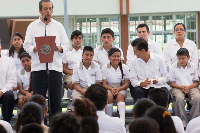 """Inicio del ciclo escolar en la Escuela Secundaria Técnica Pesquera No. 15 """"José Vasconcelos Calderón""""."""