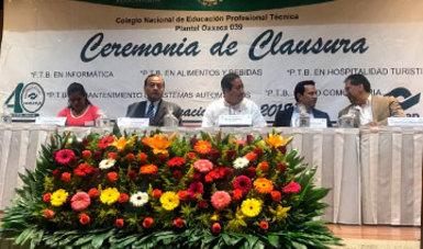 Egresan 238 Profesionales Técnicos del Plantel CONALEP Oaxaca