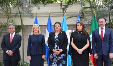 El Secretario de Relaciones Exteriores, Luis Videgaray, se reunió con Ministros de El Salvador, Guatemala, Honduras, y la Secretaria de Seguridad Interior de los Estados Unidos en la ciudad de Guatemala