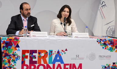 Coordinadora General del PRONAFIM, Cynthia Villarreal Muraira, el Secretario de Desarrollo Económico de San Luis Potosí, Gustavo Puente Orozco