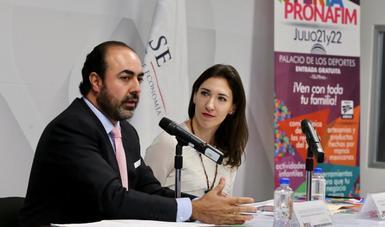 Conferencia Feria PRONAFIM