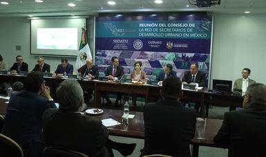 Rosario Robles en reunión del Consejo de la Red de Secretarios de Desarrollo Urbano en México