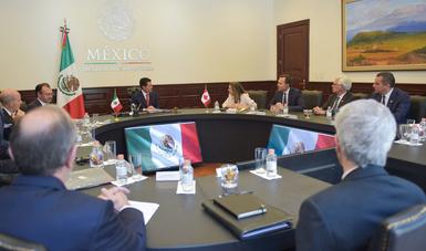 En la reunión, el Presidente Peña Nieto celebró los lazos de amistad que unen a México con Canadá.