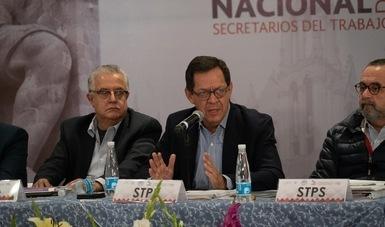 El Secretario del Trabajo, Roberto Campa Cifrián entrega Fichas Estatales del Modelo de Identificación de Riesgo de Trabajo Infantil