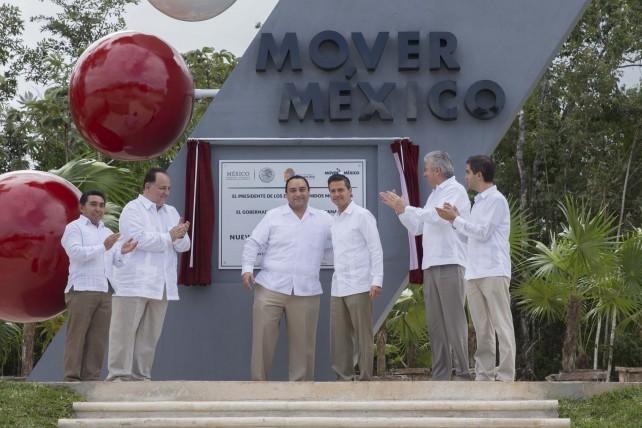 El Presidente Enrique Peña Nieto afirmó hoy que el gran momento de consternación nacional que se ha vivido por los dolorosos hechos ocurridos en Iguala